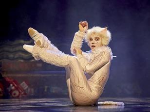 """""""Cats"""", mise en scene de Trevor Nunn"""
